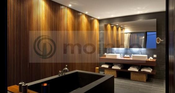 Bathroom Hotel black slate